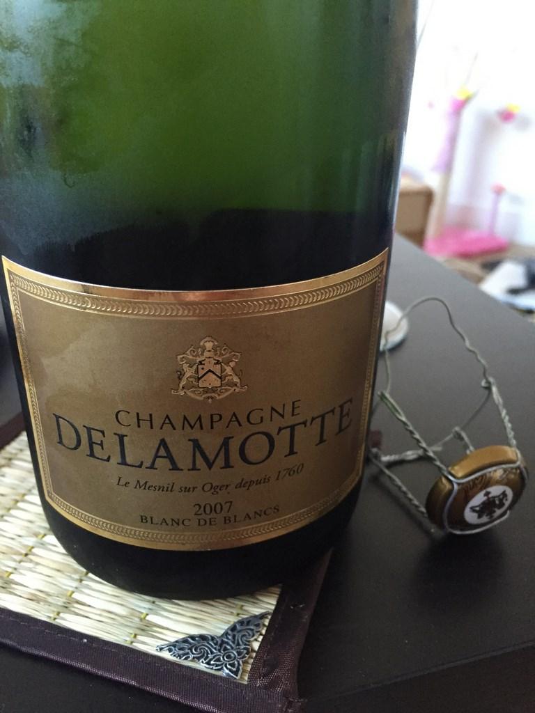 J 39 ai go t pour vous blanc de blancs 2007 champagne for Champagne delamotte prix